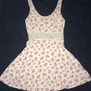 Forever 21 women's size small floral dress